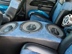 музыка в автомобиль