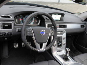 volvo-xc70-salon