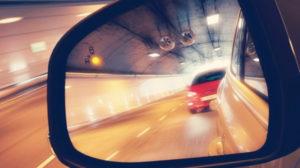 zerkalo-s-elektroopticheskimi-sredstvami-zashhity-na-avto